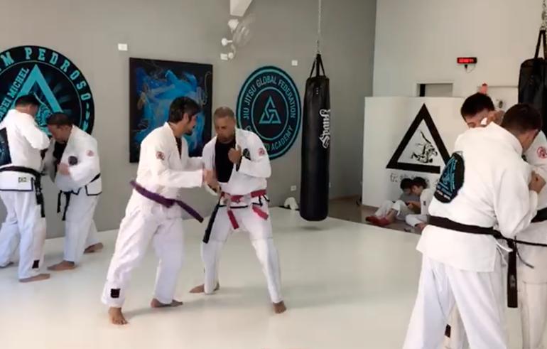 Assista ao vídeo como meus alunos treinam